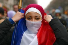 """Veiling in France"" (http://veil.unc.edu/regions/france/)"